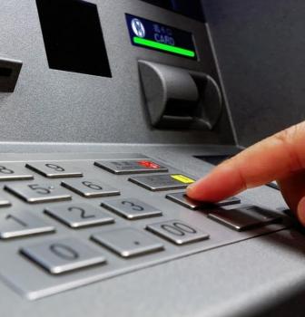 Seguridad de la Información Bancaria en Colombia
